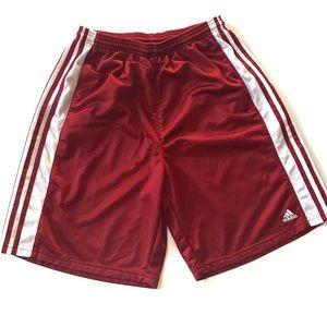 ❄️Adidas maroon basketball mesh shorts L